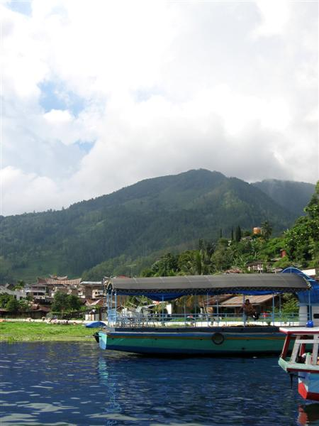 2007-06-15: Lake Toba, Sumatra, Indonesia